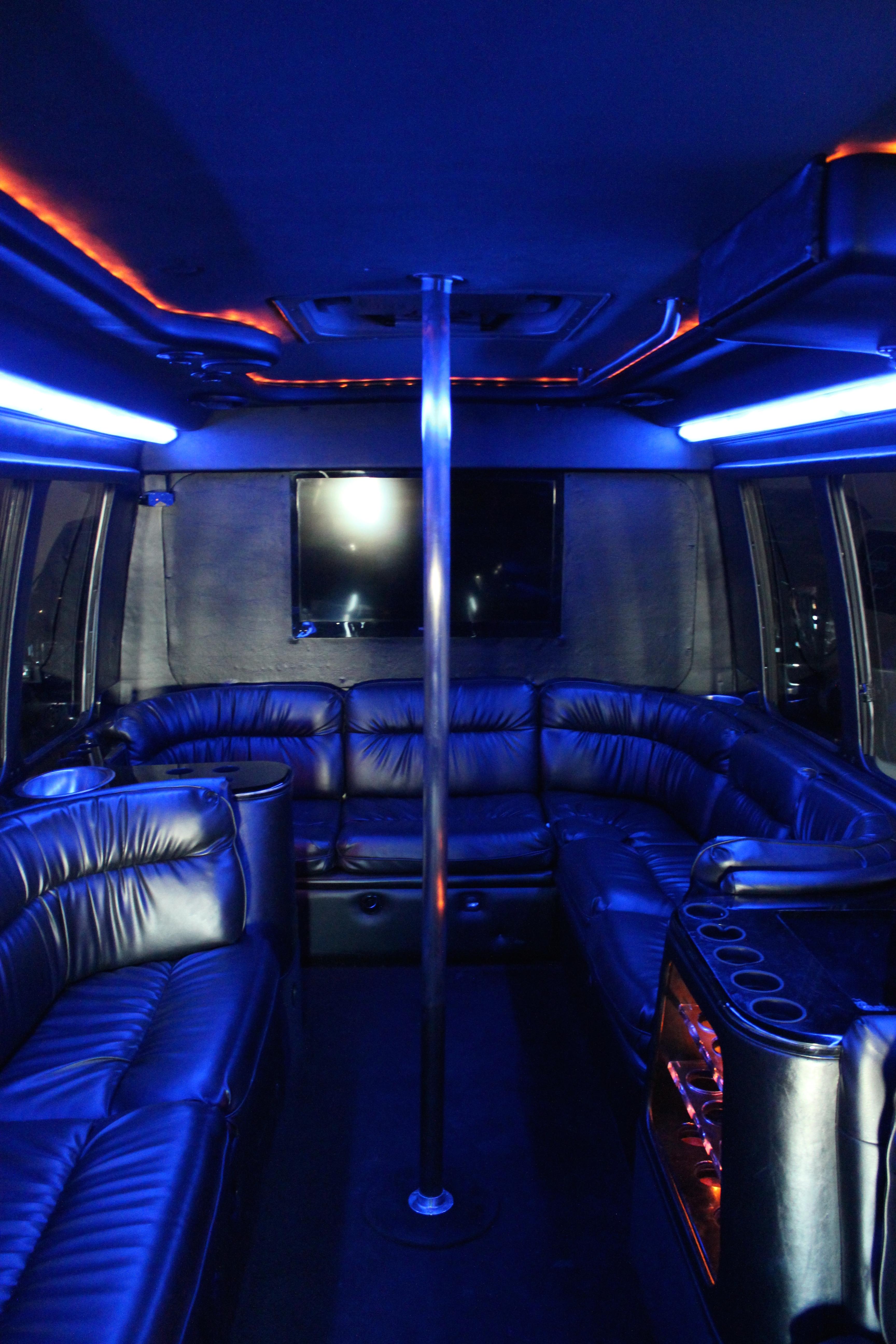 18 Passenger Party Bus Vegas Vip