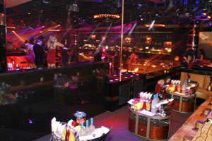 1oak nightclub bottle service table vegas vip for 1 oak las vegas table prices