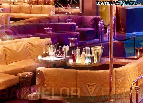 index of   nightclubs  jpegs  xs